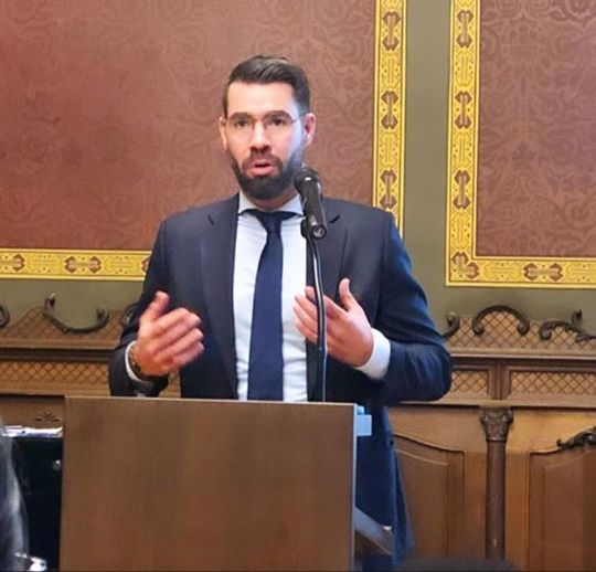 România și-ar putea schimba imnul național - Alexandru Coita