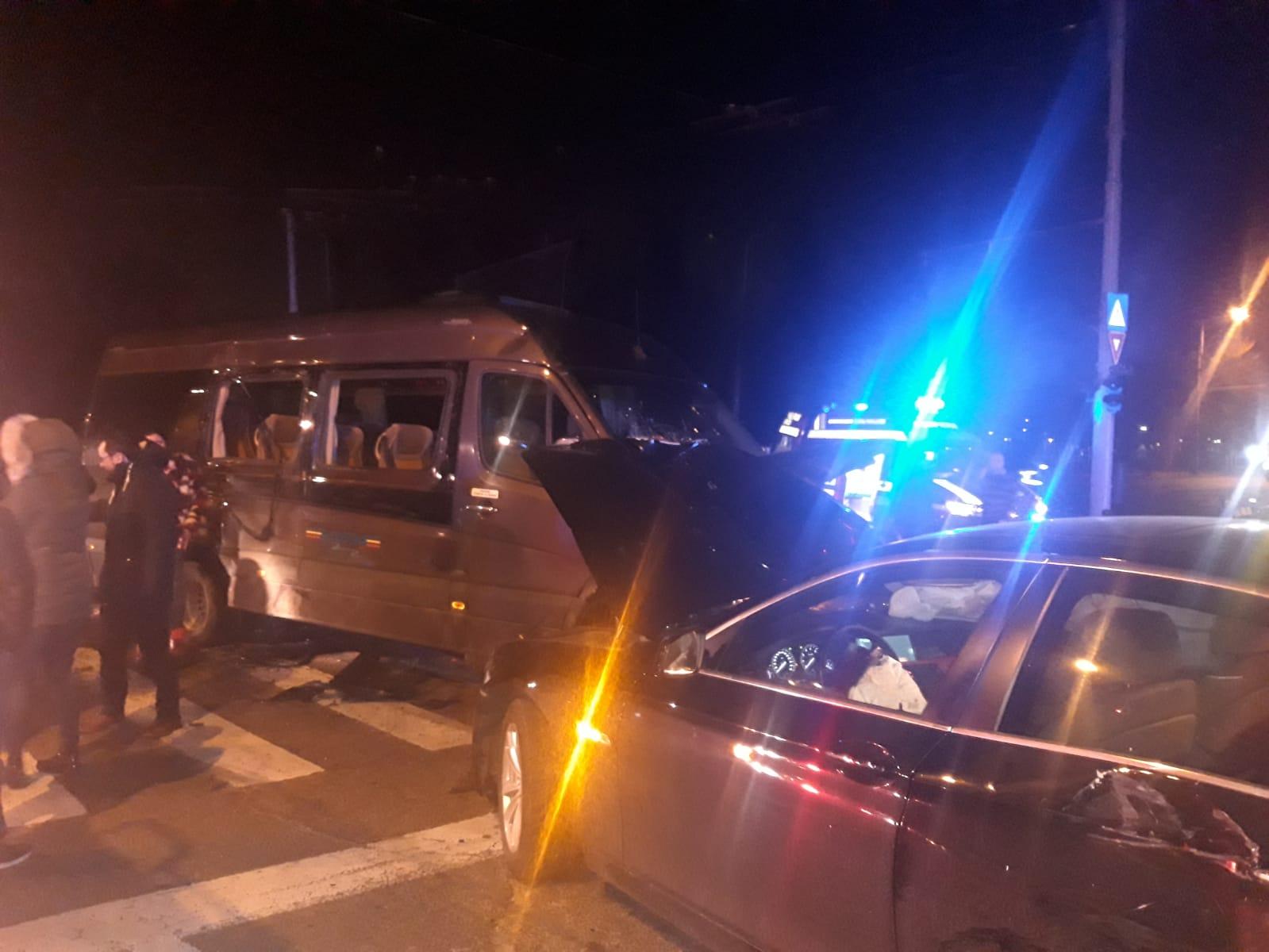 Accident Pe Calea Plevnei Din București Soldat Cu șase Răniți