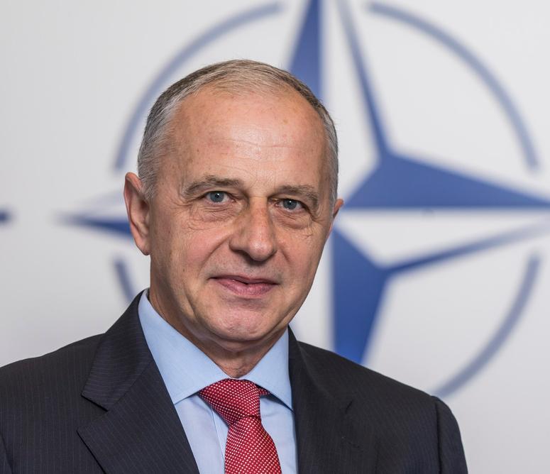 """Mircea Geoană, secretar general adjunct NATO: """"Țările puternic lovite de coronavirus așteaptă de la nivel european răspunsuri rapide, solidare și concrete"""""""