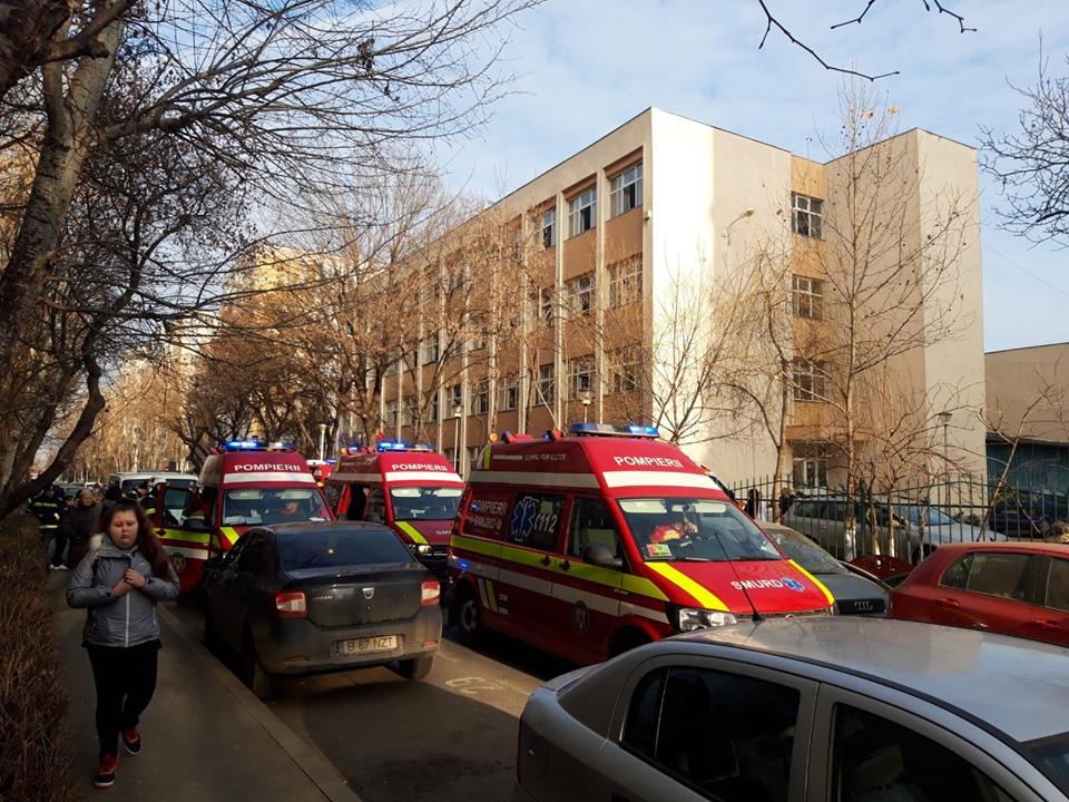 Elevi De La școala 133 Din București Intoxicați După O