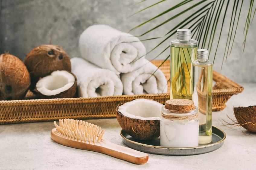 Cum folosim uleiul de cocos în cosmetică