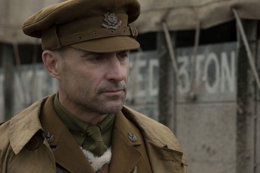 """Mark Strong în rolul căpitanului Smith, în """"1917"""""""
