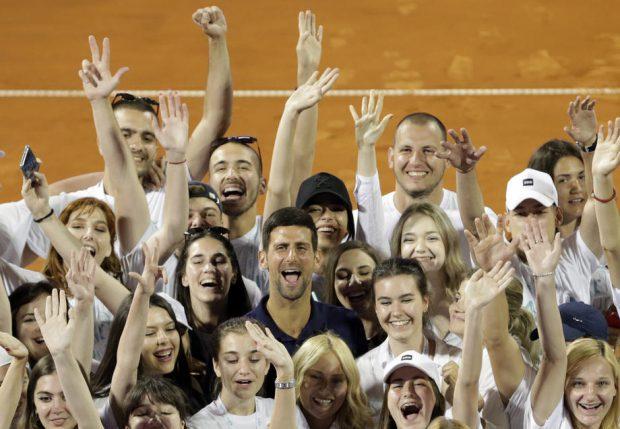 """Novak Djokovic răspunde criticilor: """"Navele nu se scufundă din cauza apei din jurul lor"""""""