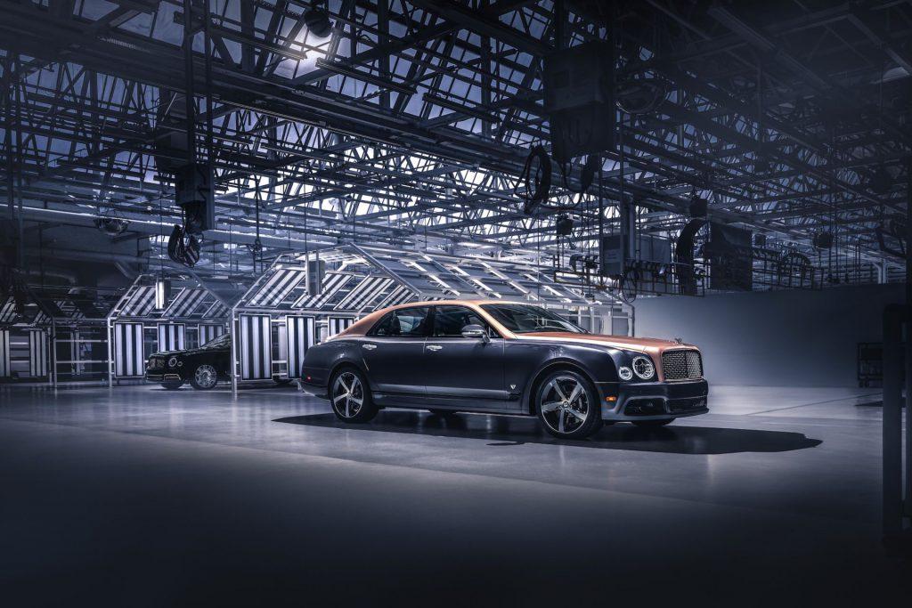 După mai mult de un deceniu, Bentley oprește producția Mulsanne