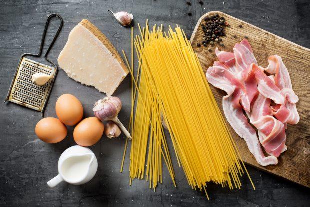 Paste carbonara – rețete delicioase și foarte ușor de pregătit