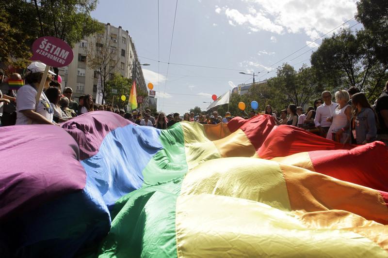Mândrie, nu prejudecată   Scrisoare a nouă politicieni, creatori și sportivi cu ocazia evenimentelor Pride