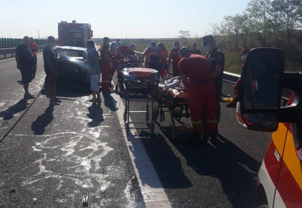 Accident grav pe Autostrada Soarelui. Nouă persoane rănite, printre care și trei copii