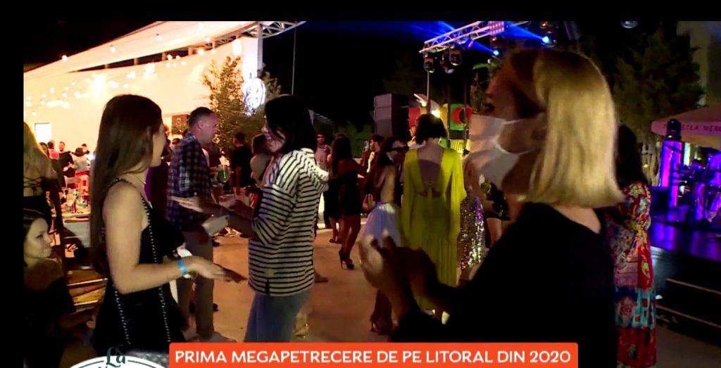 Noi imagini cu Andreea Esca de la petrecerea unde nu s-au respectat regulile sanitare. Vedeta, filmată chiar de PRO TV cu şi fără mască la eveniment