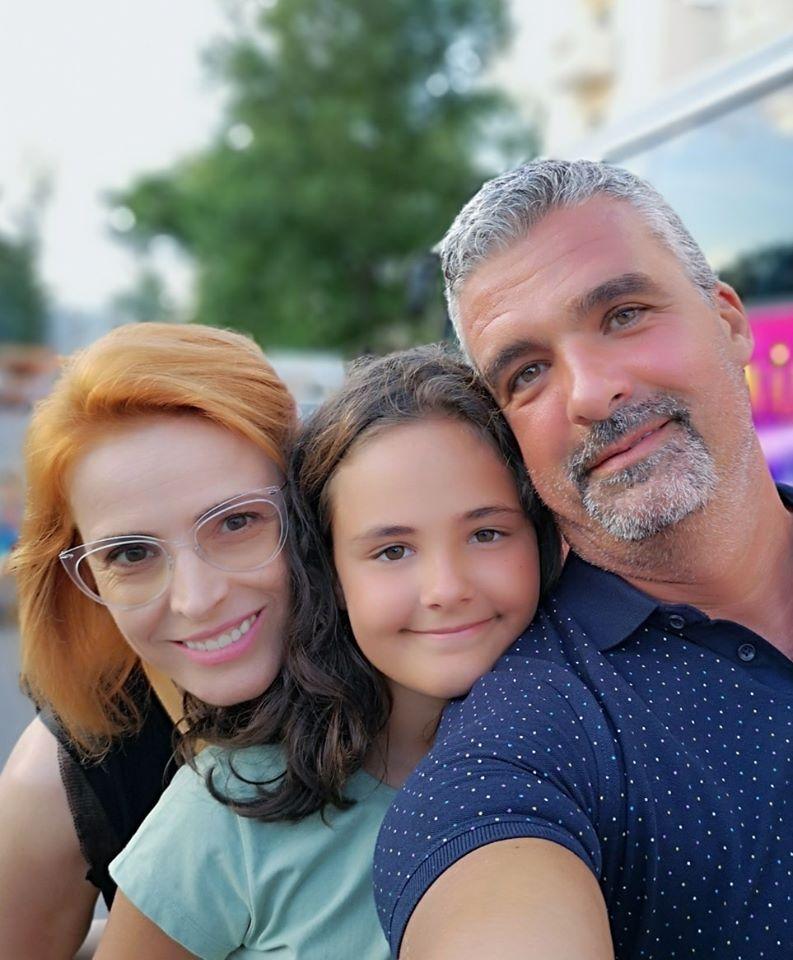 """Monica Davidescu a împlinit 48 de ani. Soțul ei i-a transmis un mesaj de dragoste. """"Este al 26-lea an când îi spun"""""""