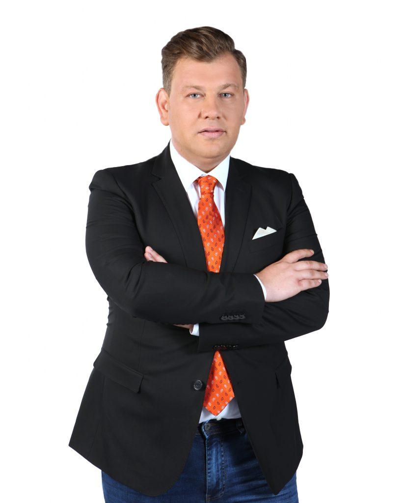 """Mihai Ghiță a ajuns prezentator la radio pe vremea când încă era elev. """"Trăiam cu veșnicul sendviș cu parizer"""""""