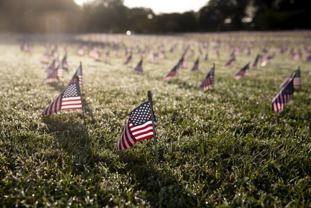 memorial-americani-morti-covid-epa-1024x