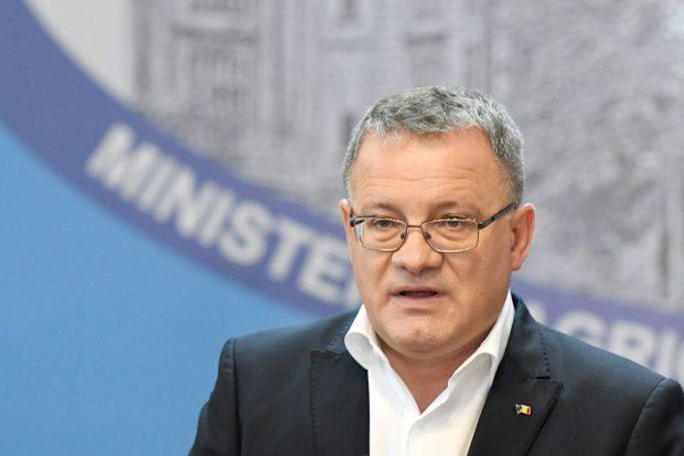 """Adrian Oros, al patrulea ministru infectat cu coronavirus: """"M-am autoizolat la domiciliu"""""""