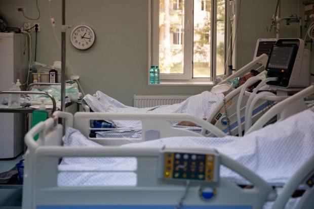 Tânăr infectat cu COVID și salvat de medici, mort după ce a cerut să fie externat pe proprie răspundere, la Timișoara
