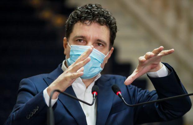 Susținut de USR PLUS și PNL, Nicușor Dan reușește să blocheze pentru un an PUZ-urile de la cinci sectoare ale Capitalei