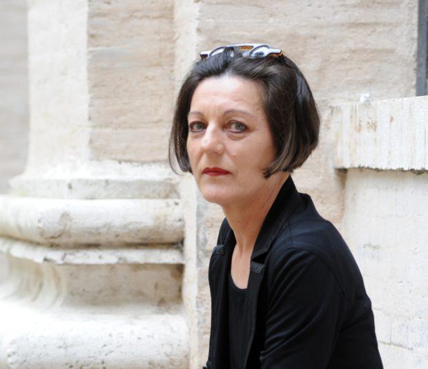 Presupusul turnător al scriitoarei Herta Muller va fi revocat din conducerea Muzeului Satului Bănățean, după dezvăluirile din presă