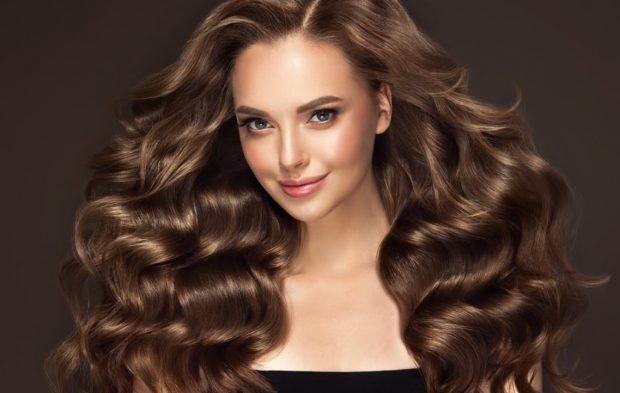 Cum să ai un păr strălucitor și sănătos în fiecare zi (PUBLICITATE)