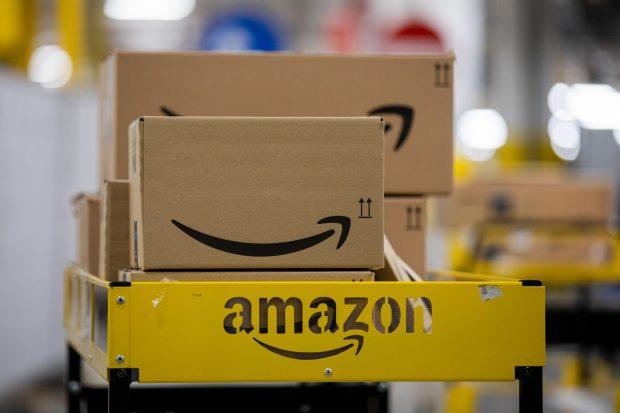 """Cum a reușit Amazon să ocolească taxele în Europa, deși a avut vânzări record în 2020. """"Cifrele sunt uluitoare"""""""