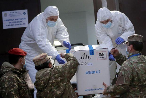 O nouă tranșă de peste 300.000 de doze de vaccin Pfizer ajunge în România