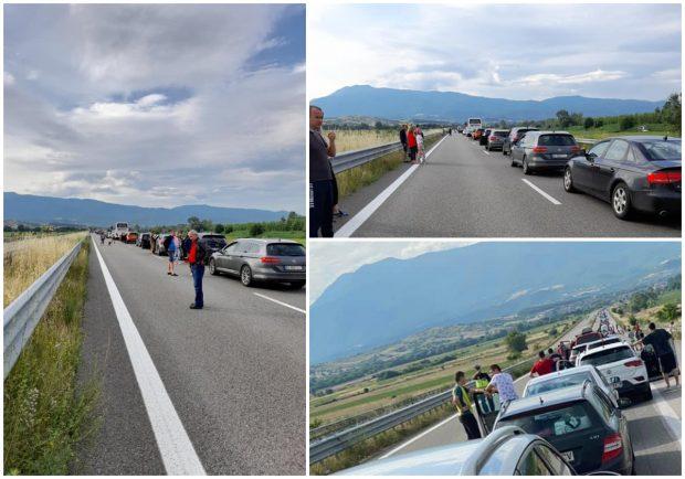 """Români blocați la vămile dintre Bulgaria și Grecia: """"Toți știați că asta se va întâmpla"""""""