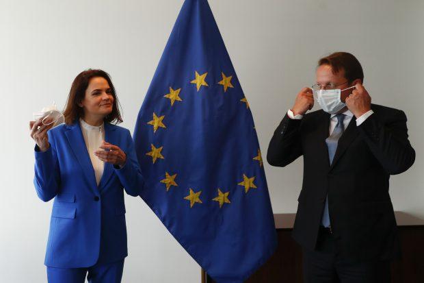 UE impune noi sancțiuni pentru Belarus. Armele, tutunul și îngrășămintele chimice se află pe listă