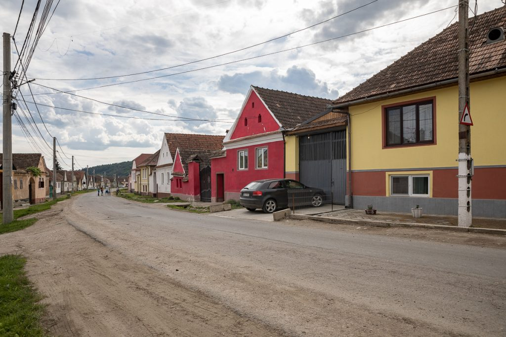 ungra-brasov-s-59-1-1024x683.jpg
