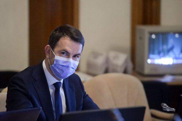 """Cătălin Drulă nu îl demite pe șeful CFR Călători: """"Și-a prezentat scuze, subiectul este încheiat"""""""