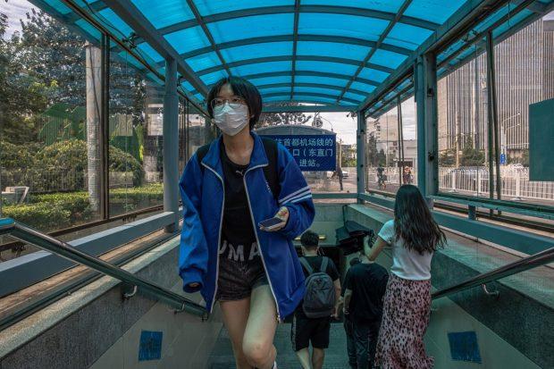 China se confruntă cu cel mai extins focar de infectare COVID după cel din Wuhan