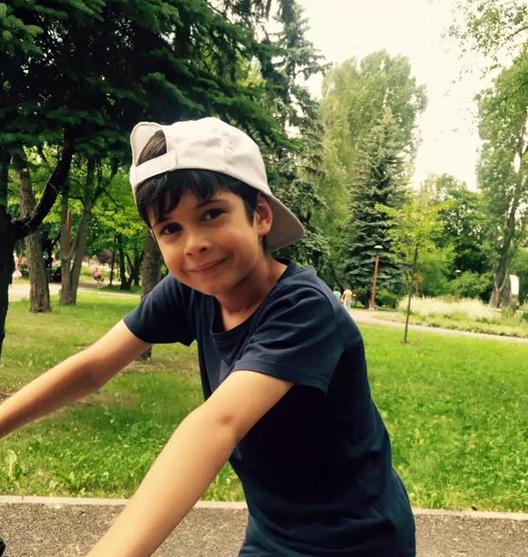 Cu ce se ocupă fiul cel mare al Nicoletei Luciu, la doar 12 ani. Zsolt jr vorbește patru limbi străine