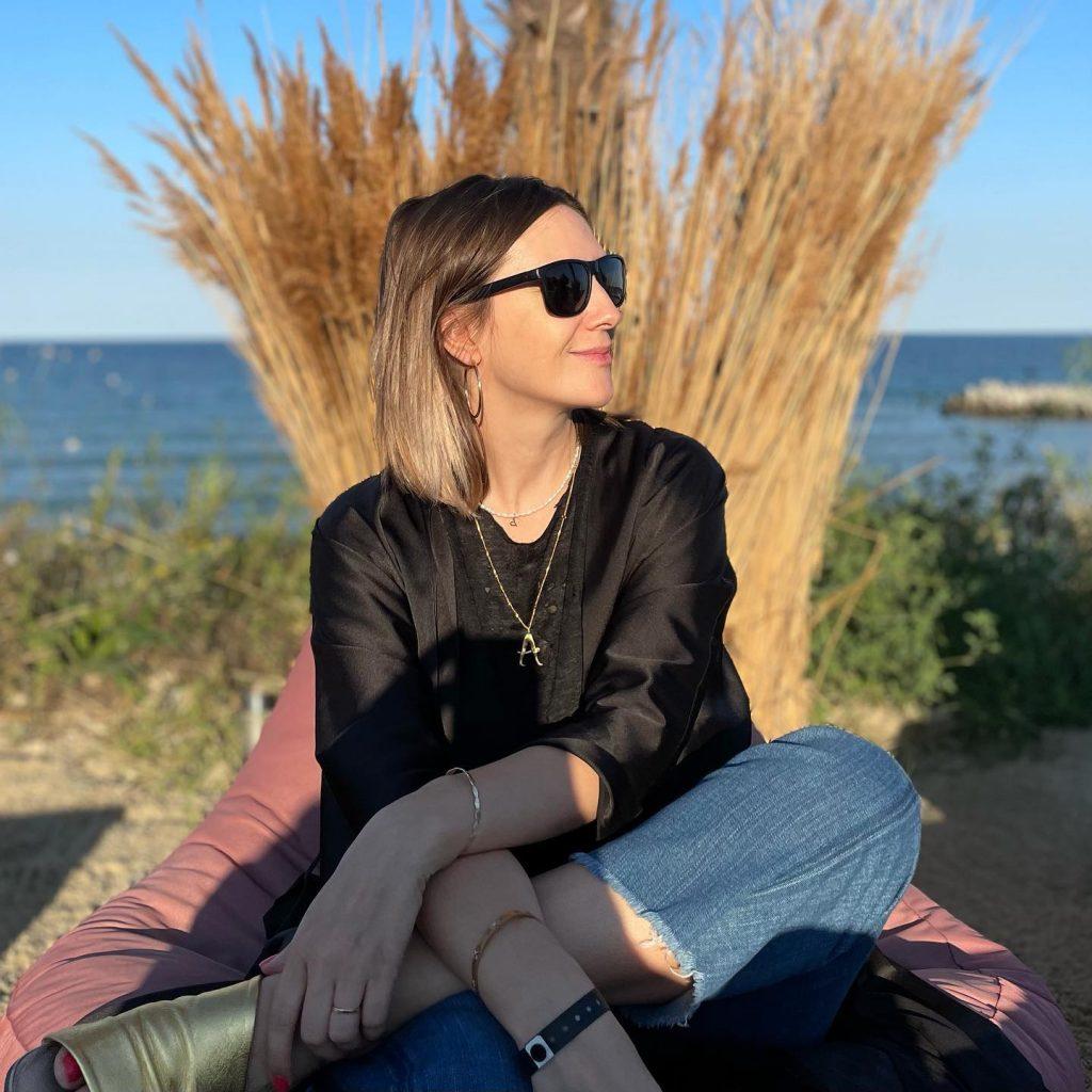 """Adela Popescu, în prima vacanță cu trei copii. """"Ne-am făcut curaj, că nu se mai putea"""""""