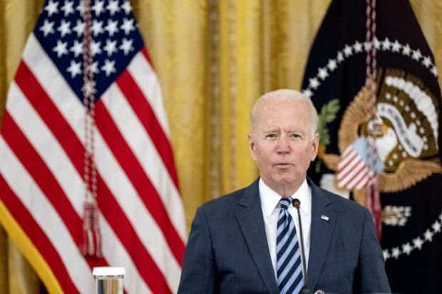 Planul lui Biden privind vaccinarea a peste 100 de milioane de angajați americani, vulnerabil în justiţie