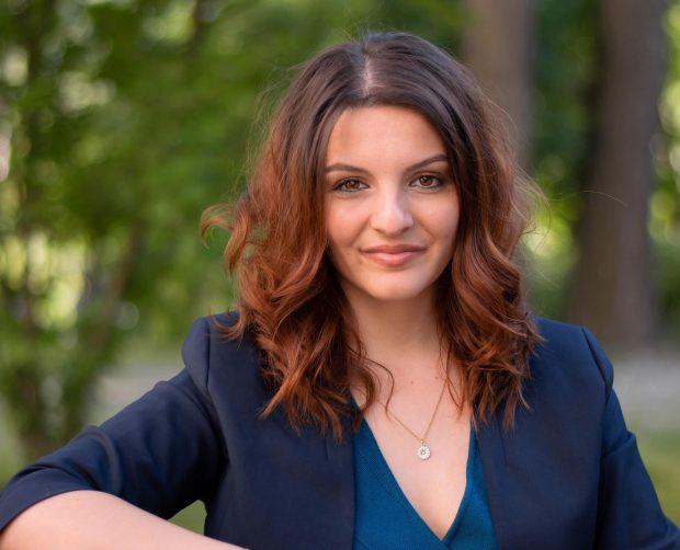 INTERVIU. Cele două vieți ale Anei-Maria Trăsnea, tânăra de 27 de ani de origine română care candidează pentru Parlamentul german