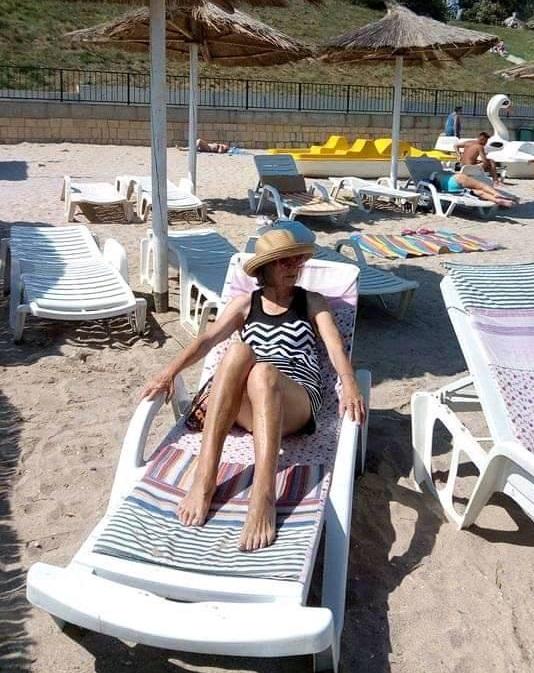 Marina Voica, la plajă, pe litoralul românesc. Cum s-a pozat artista în vârstă de 85 de ani