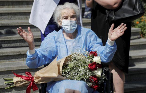 """O femeie de 111 ani din Georgia s-a vindecat de COVID-19. """"Are o mare dorință de recuperare"""""""