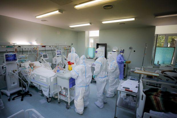 Încă o zi fără paturi de ATI libere în România pentru pacienții cu COVID-19