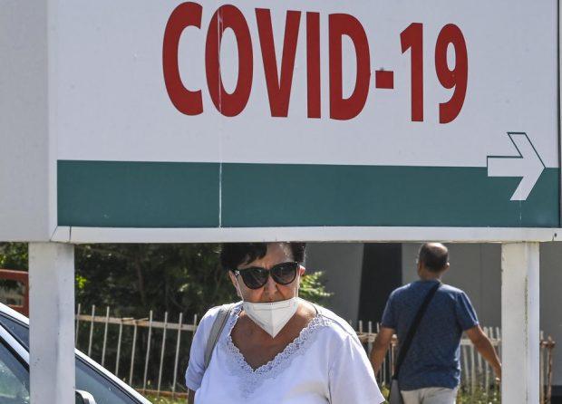 Studiu pe 32 de milioane de adulți: Riscul de afecțiuni neurologice, mai mare în cazul infectării Covid, decât după vaccinare